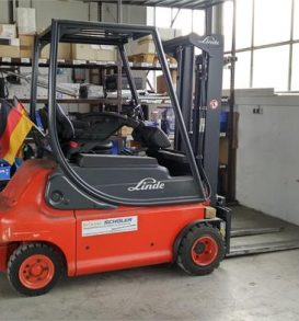 Electric forklift LINDE, Type E 20 P-02, manufactured in 2005