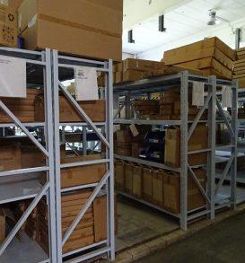 123: Cross-member shelving system
