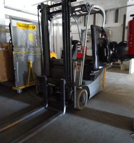125: Electric forklift