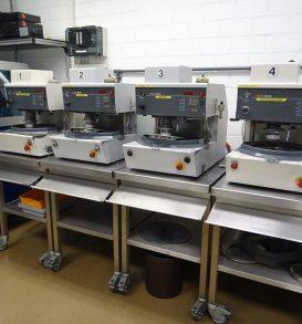 Matrizen-Schleifmaschinen STRUERS Abramin